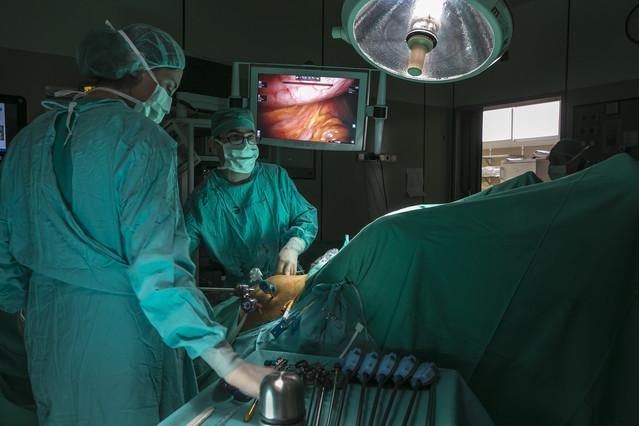 Intervención endoscópica de próstata en la Fundació Puigvert.
