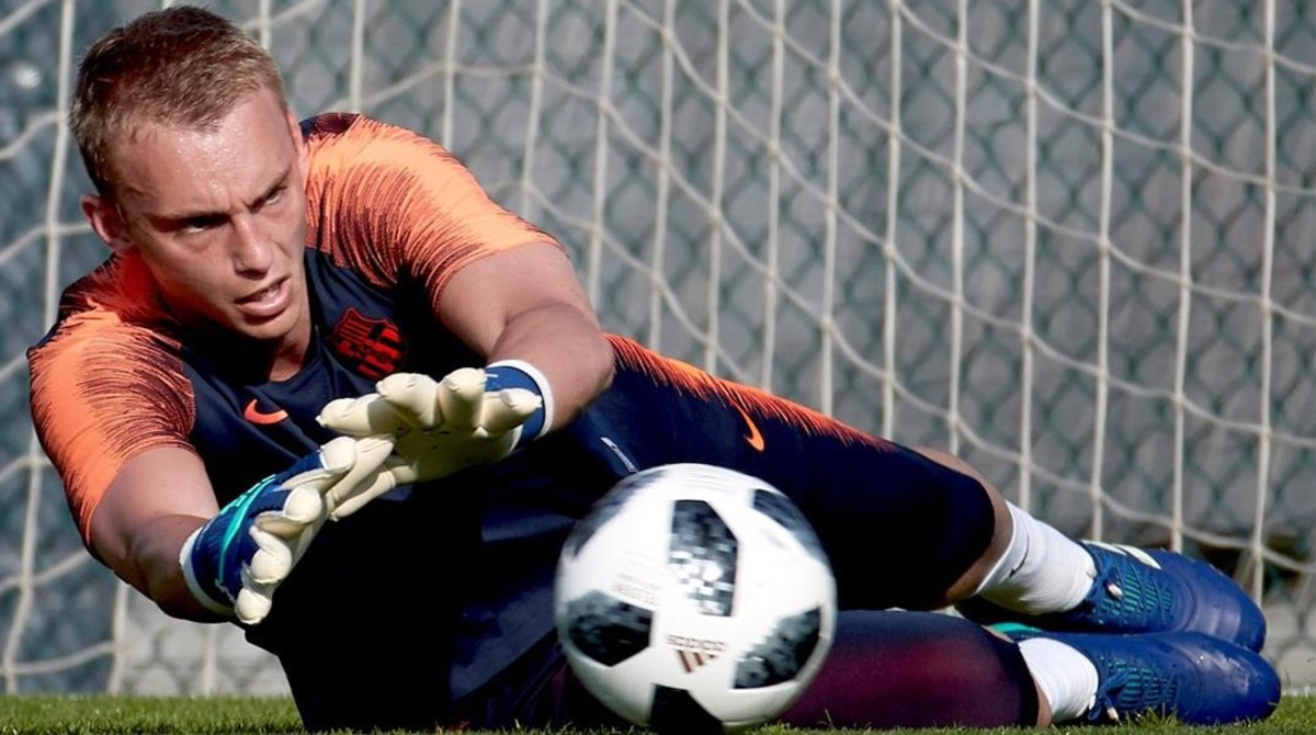 Jasper Cillessen, durante el último entrenamiento previo a la final de Copa.