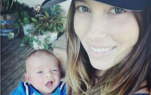 Jessica Biel y su hijo, Silas.