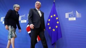 Juncker recibe a May, este lunes 4 de diciembre, en Bruselas.