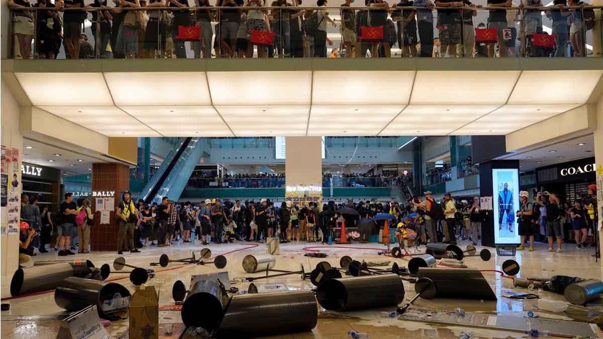 Las protestas prodemocráticas llegan a los centros comerciales de Hong Kong.