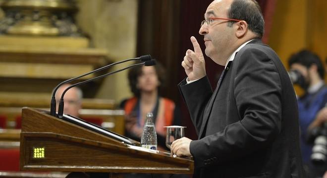 "Iceta, a Mas. ""No ponga a subasta la presidencia"""