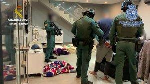 Operación policial para desarticular el clan de 'Los Pantoja', una de las bandas de narcos más activas en el campo de Gibraltar, el pasado mes de mayo.