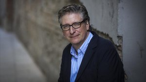 El periodista y escritor Enric Calpena.