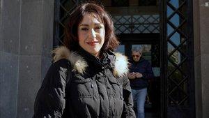 Juana Rivas, a la salida de los juzgados de Cagliari (Cerdeña).