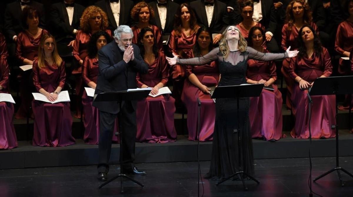 Plácido Domingo y Nino Machaidze, en el Liceu.