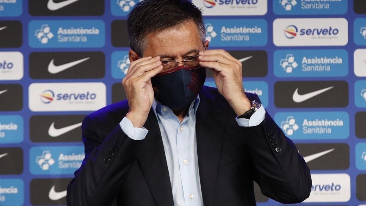 Josep Maria Bartomeu,durante la presentación de Sarunas Jasikevicus como nuevo entrenador del equipo de baloncesto del Barça.