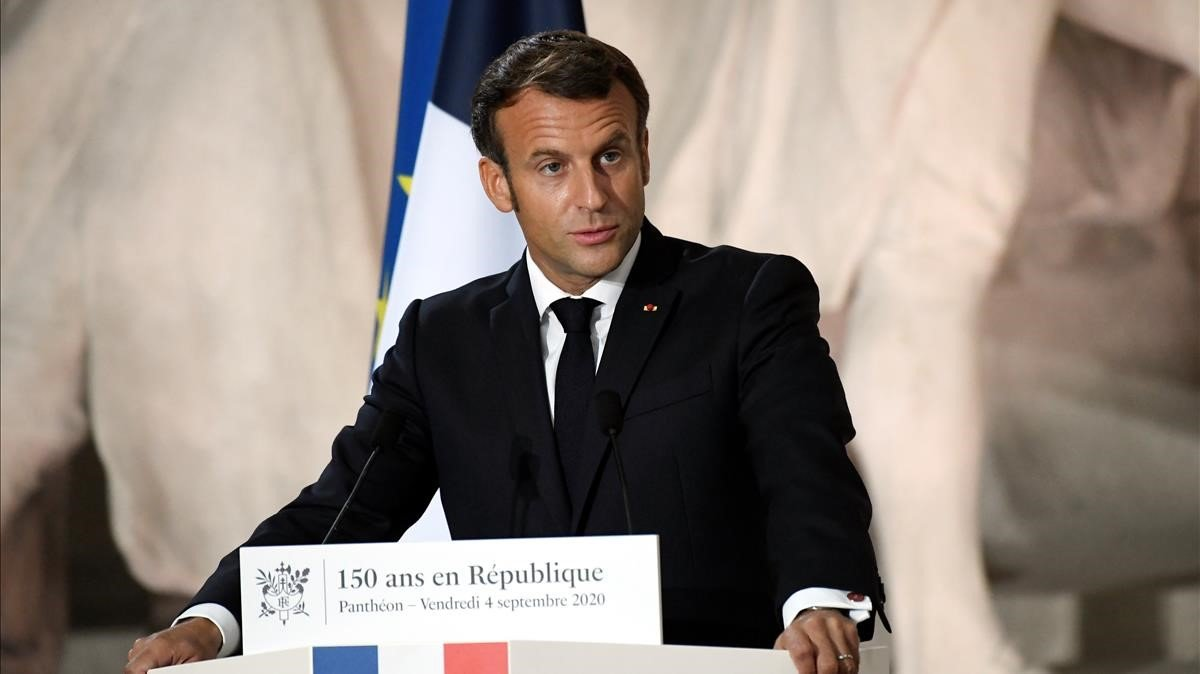 El presidente francés, Emmanuel Macron, durante su discurso este viernes en el Panteón.