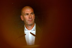Soccer Football - Real Madrid Press Conference - Santiago Bernabeu, Madrid, Spain - March 11, 2019 New Real Madrid coach Zinedine Zidane during the press conference REUTERS/Susana Vera