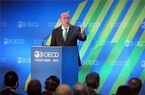 El secretari general de l'OCDE, Ángel Gurría, durant la presentació de l'informe.