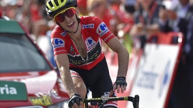 Yates da el gran golpe a la Vuelta en Andorra