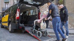 Un servicio de la empresa Taxi Amic SL, afectada por los impagos de la comisión liquidadora del Consell Comarcal del Barcleonès.
