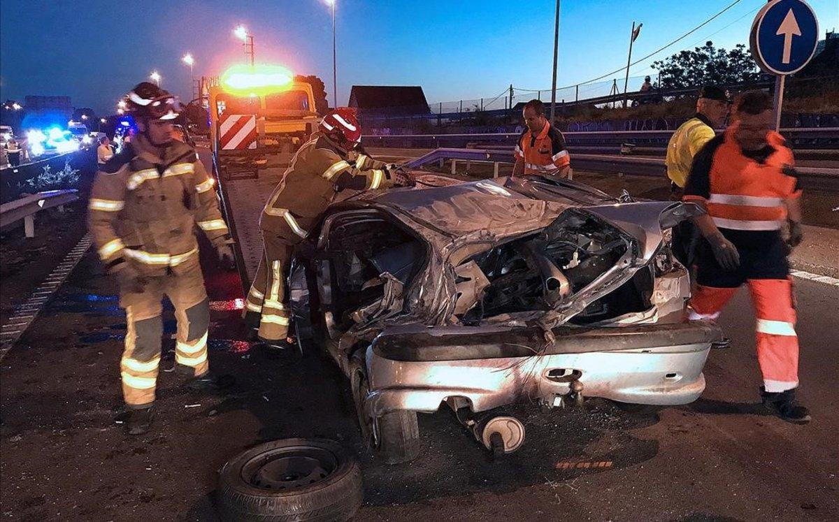 Accidente con tres muertos ocurrido en la autopista AP-9, enVigo, el mes pesado.