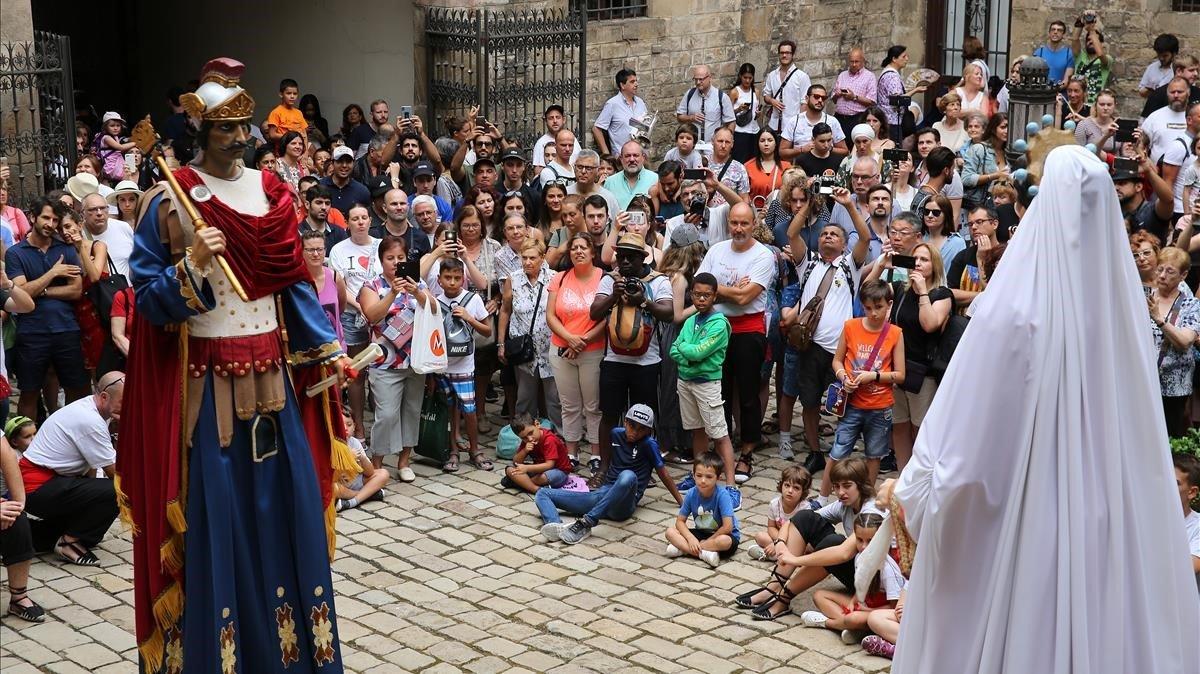 Sant Roc s'acomiadarà demà després de dies de festa al barri Gòtic