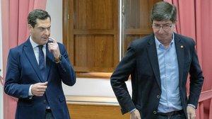 Juanma Moreno y Juan Marín, al inicio de la reunión de este miércoles.