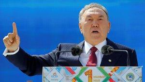 El president del Kazakhstan dimiteix després de gairebé 30 anys en el poder