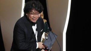 Bong Joon-ho dona al cine sud-coreà la seva primera Palma d'Or