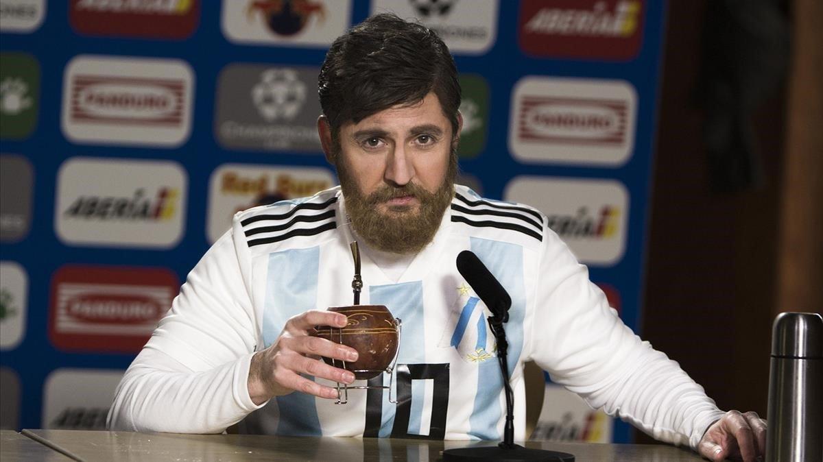 Parodia de una rueda de prensa de Messi, en el nuevo programa de TVE-1 'Hoy no, mañana'.
