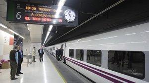 Presentación en 2009 en la Estación de Sants del tren hotel que unía Barcelona con Galicia.