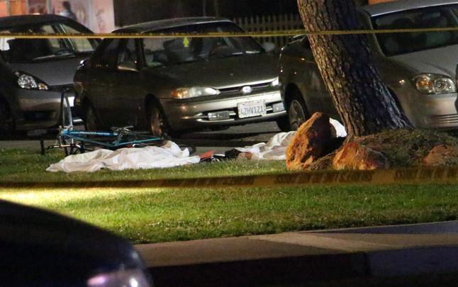 Varios de los muertos en el tiroteo, este viernes en Santa Bárbara (California).