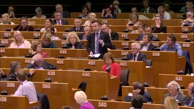 Lemotiu discurs dun eurodiputat escocès