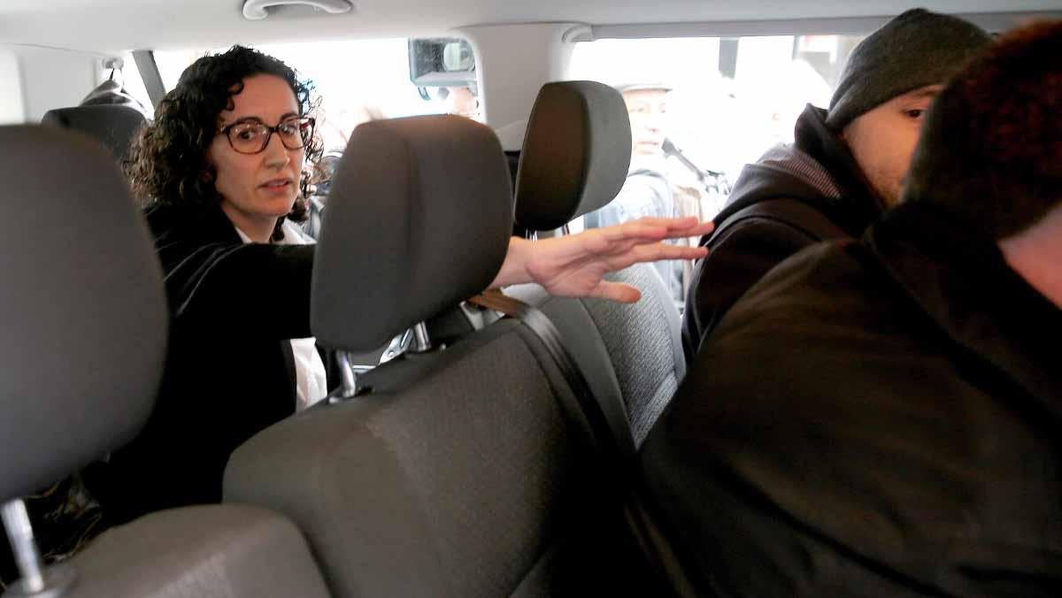 Marta Rovira: Hemos venido a defender los derechos que tenemos como diputados del Parlament