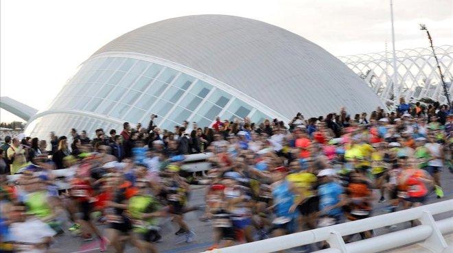València celebrará su maratón sin corredores populares