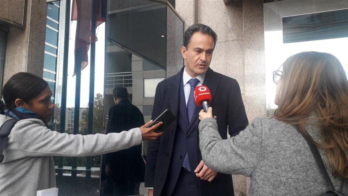 El abogado del kamikaze de la M-50, Alberto López, en la Audiencia de Madrid.
