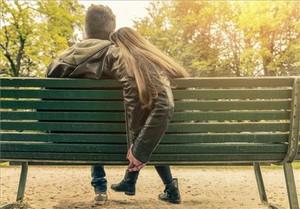Un libro para alumnos de ESO aconseja abstinencia sexual contra los contagios