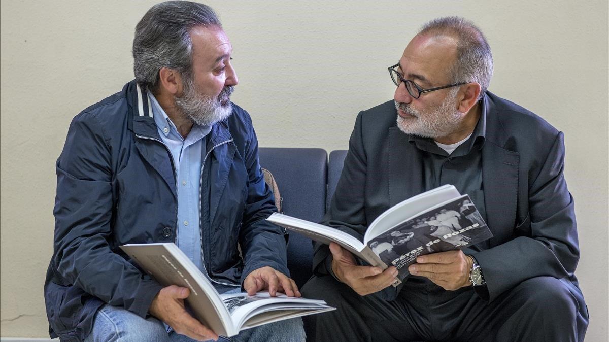 Carlos Pérez de Rozas, a la derecha, con su hermano Emilio, en el 2015.