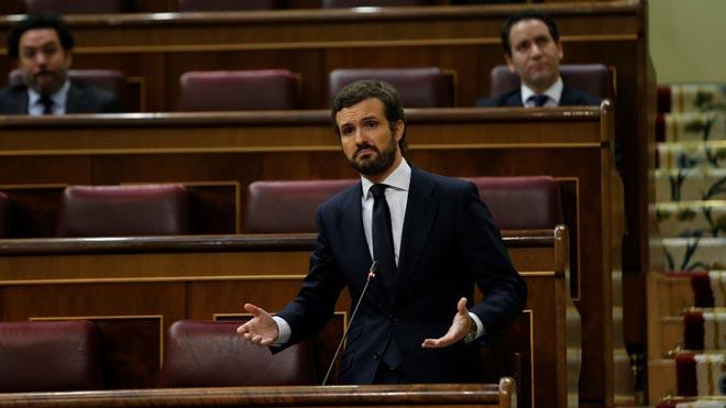 Casado critica la desescalada y avisa a Sánchez de que no hará el ridículo con él.