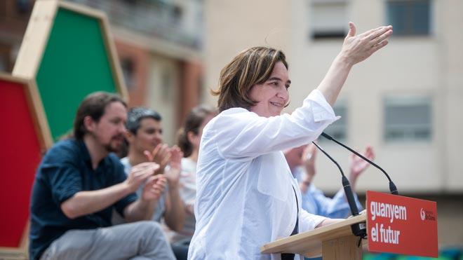 Colau demana el vot «progressista» a Nou Barris, el seu graner electoral