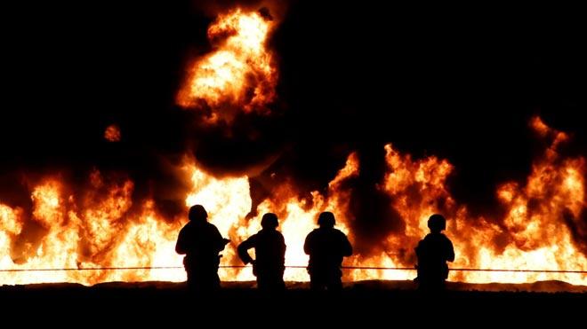 Decenas de muertos por la explosión de una tubería de una petrolera en México.