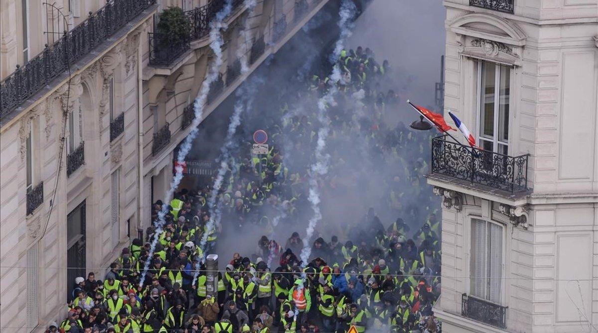 Disturbios en París durante la protesta de los chalecos amarillos