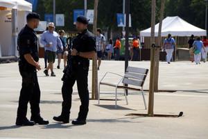 Dos agentes de los Mossos dEsquadra, el pasado 23 de junio.