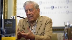 """Vargas Llosa reclama """"energia"""" al Govern contra el referèndum de l'1-O"""