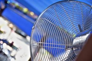Vuit trucs per refrescar casa teva sense aire condicionat