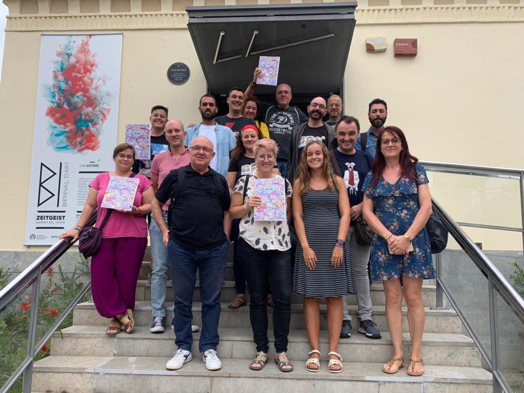 Imagen de los asistentes al encuentro de entidades metropolitanas LGTBI celebrado en Santa Coloma