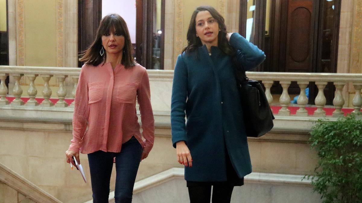 Inés Arrimadas llega al Parlament.