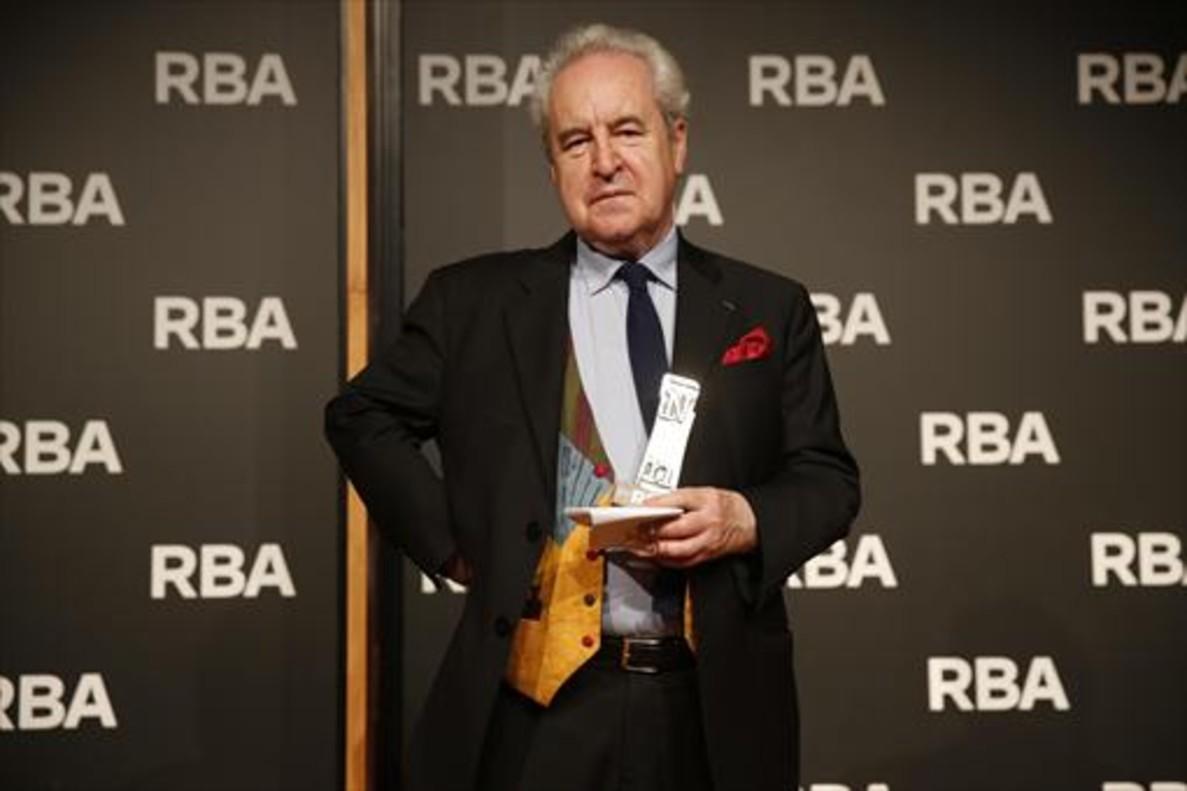 John Banville, tras recibir el premio de novela negra RBA.