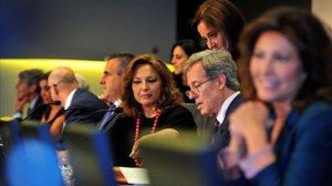 Junta de accionistas de El Corte Inglés con la presidenta del grupo, Marta Álvarez, en el centro.