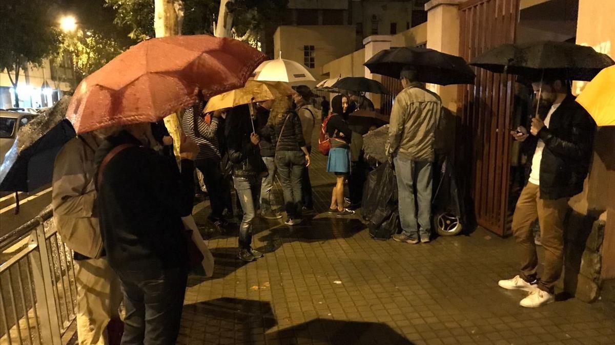 Llueve en el Ceip Bogatell de Barcelona.