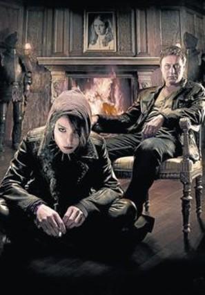 Los actores Michael Nyqvist y Noomi Rapace, Lisbeth Salander y Mikael Blomkvist en la versión cinematográfica sueca de Millennium.