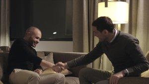 Retrobament entre Iniesta i Casillas: «Quatre anys sense veure'ns, ¿no?»