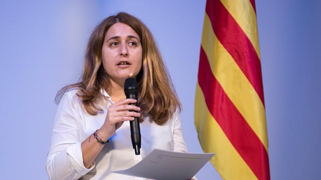 Marta Pascal apuesta por la política útil del PNV sin renunciar a un referéndum.