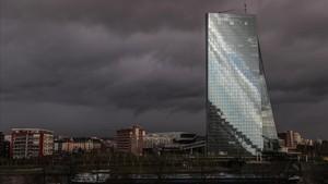 El BCE aconsegueix mantenir sota control la prima de risc espanyola