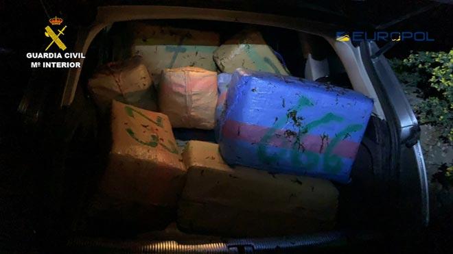Cop al narco a l'Estret: 64 detinguts i 8 tones confiscades
