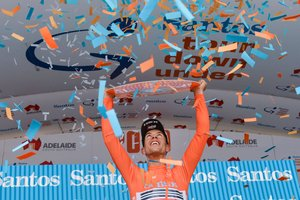 Richie Porte, en el podio del Tour Down Under.