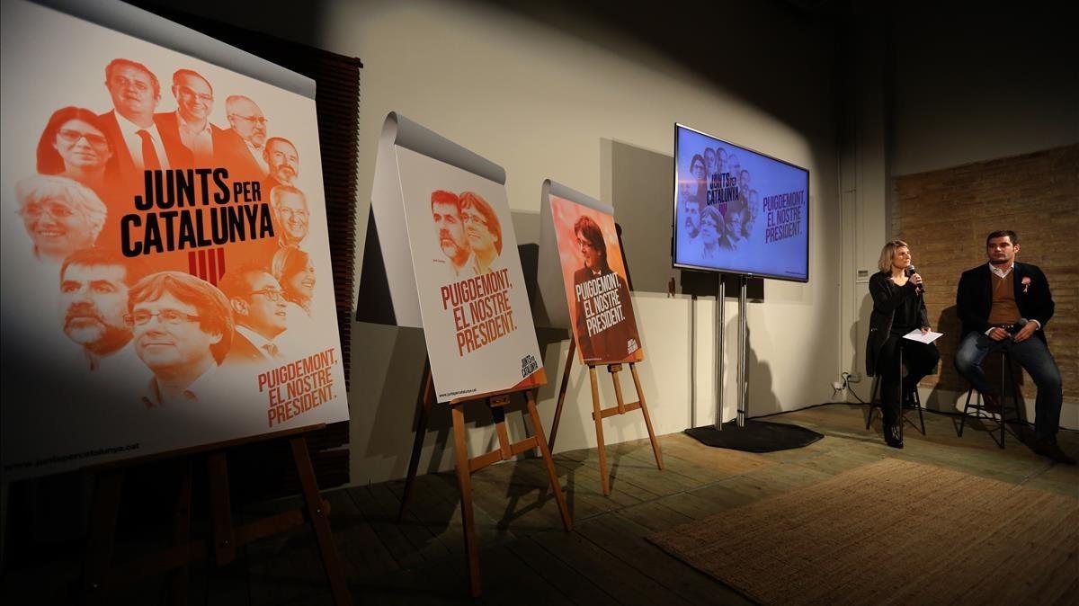 Presentación de los carteles de campaña de Junts per Catalunya.