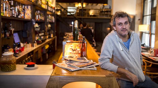 El cantautor Rafa Pons reivindica el bar restaurante Agüelo 013